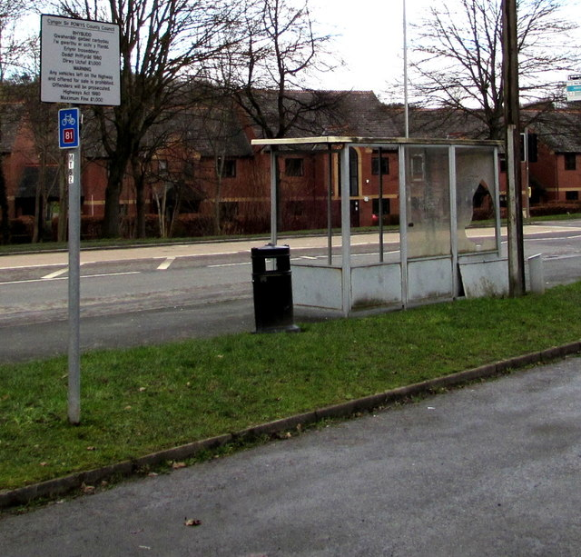 Damaged bus shelter, Llanidloes Road, Newtown