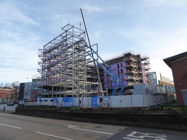 Newcastle-under-Lyme: Sky Building under construction