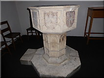 TQ0044 : Holy Trinity, Bramley: font by Basher Eyre