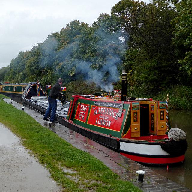 Working narrowboat by Glascote Basin, Staffordshire