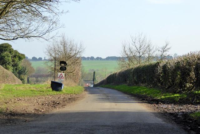 Road to New Barn Farm