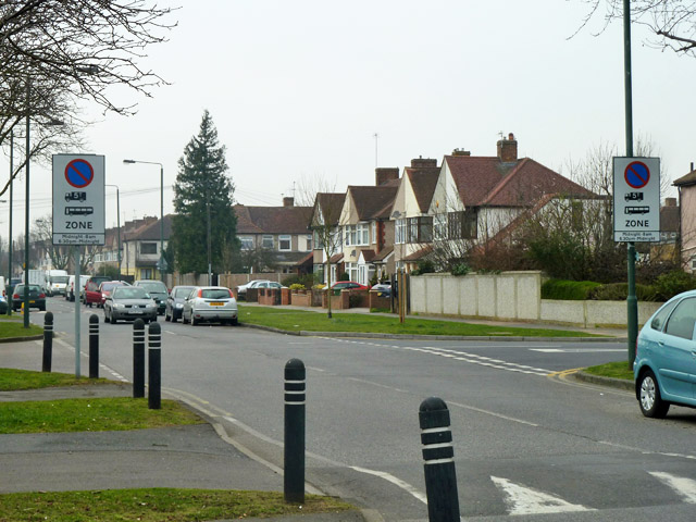 Heavy vehicle overnight parking ban zone, Sidcup