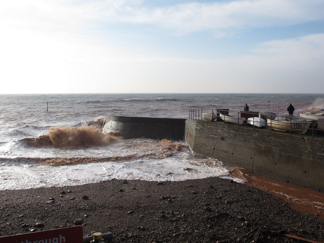 Waves at the mouth of the River Sid, Sidmouth