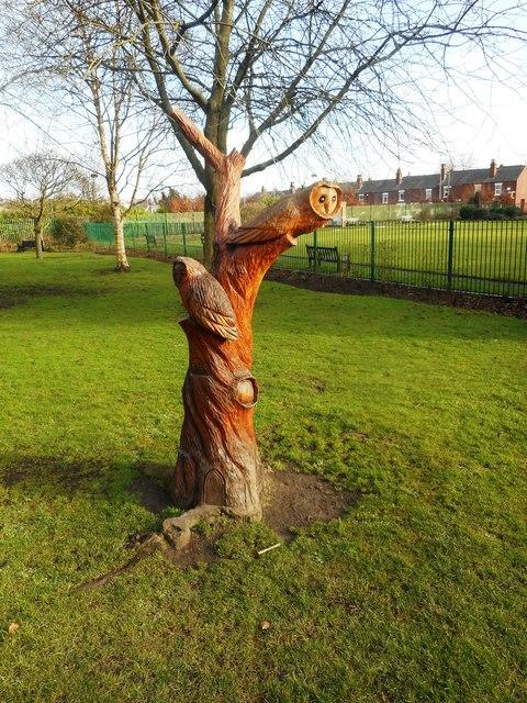 Tree Stump carving, Valley Gardens, Pontefract