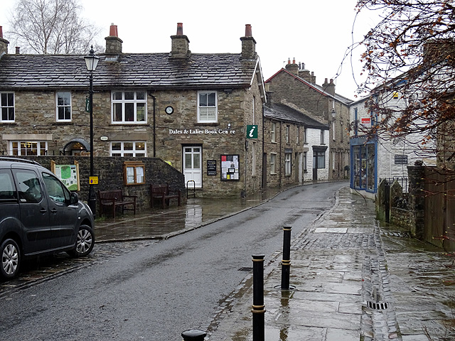 Dales and Lakes Book Centre