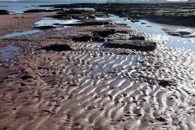 Ripples and rocks, Hollicombe