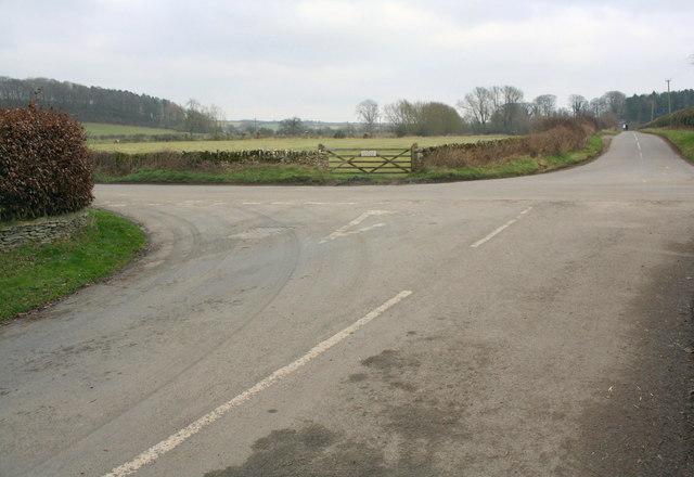 Crossroads SW of Swinbrook