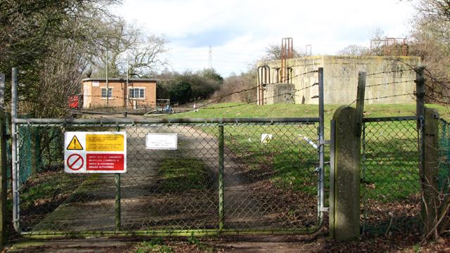 Caistor St Edmund sewage works - entrance