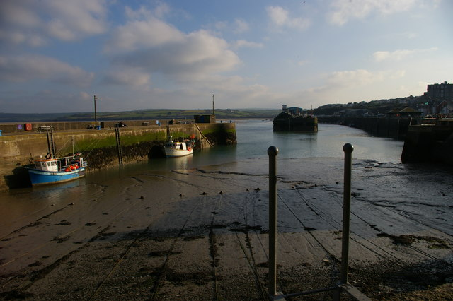 Padstow: the outer harbour