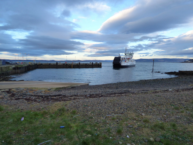 Ferry approaching Largs Pier by Thomas Nugent