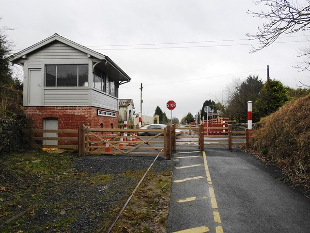 Level Crossing & Disused Signalbox on the Athlone to Mullingar Cycleway