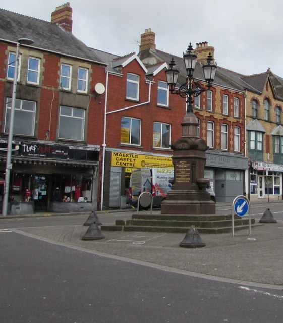 William Hopkin Thomas Memorial Fountain and Lamps in the centre of Maesteg