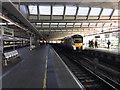 TQ3180 : Southbound Thameslink train arriving at Blackfriars, London by Robin Stott