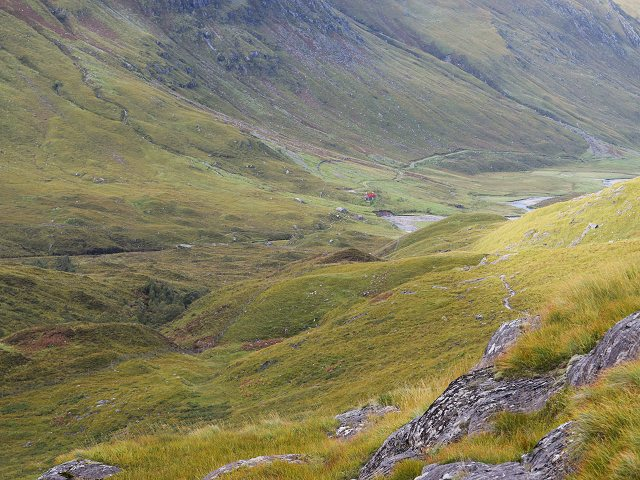 Looking towards Glenlicht House