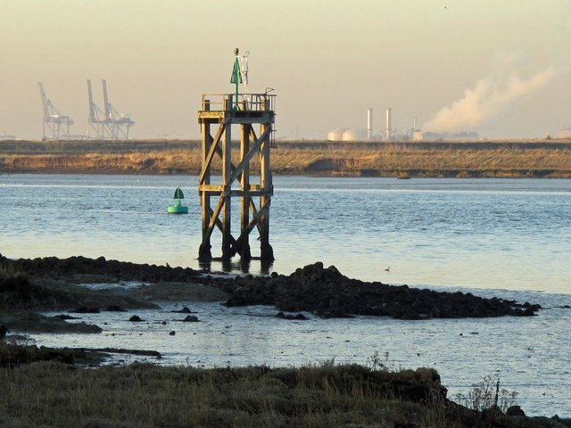 Navigation beacon, Horse Reach, The Swale