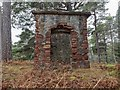 NH6167 : Square Gun Tower on the summit of Cat Hill by valenta