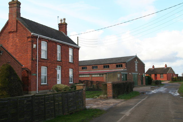 Industrial and domestic properties on Brewster Lane, Wainfleet All Saints