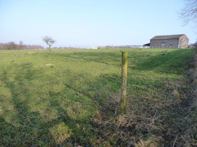 Farmland west of a converted field barn, Chitty Hill