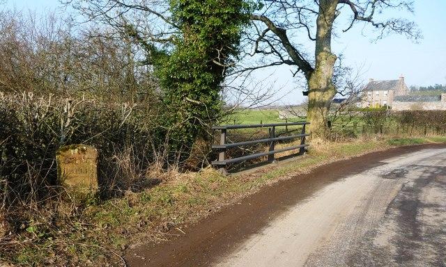 Maulds Meaburn / King's Meaburn parish boundary stone