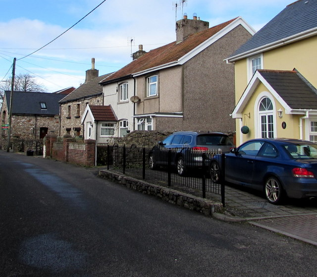 Heol-y-Capel houses, Nottage