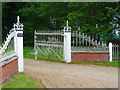 TG1124 : Gates, Salle by Stephen Richards