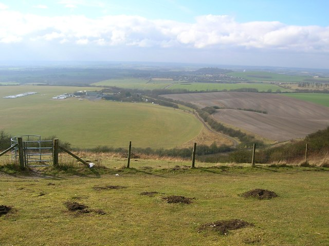London Gliding Club from Dunstable Downs