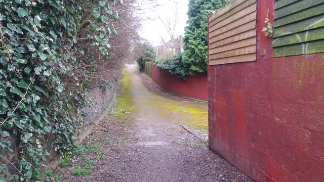 Path Linking Harton Way with Dawberry Fields Road