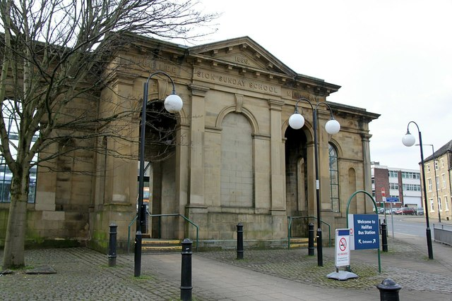 Sion Sunday School façade, Winding Street