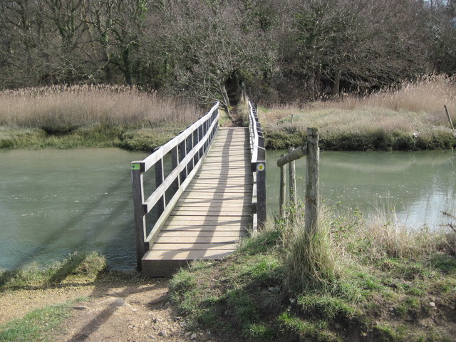 Footbridge toward Downkiln Copse