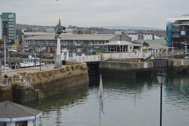 Sutton Harbour entrance (Lock)