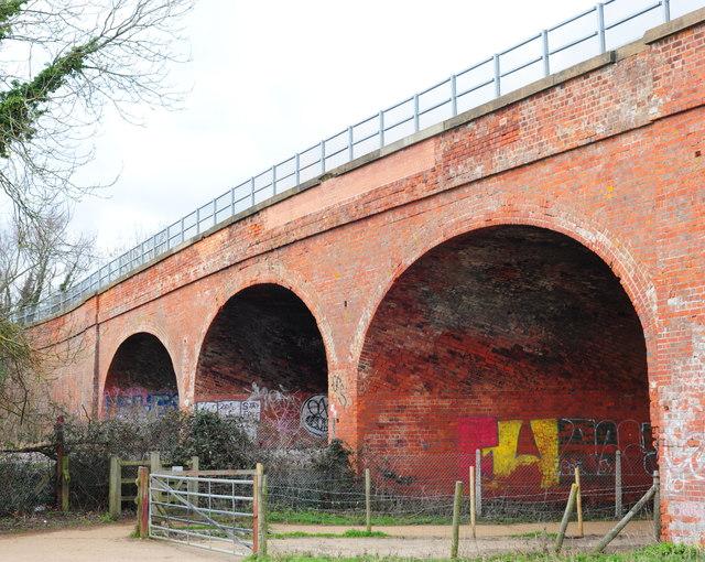 Railway bridge near Chartham