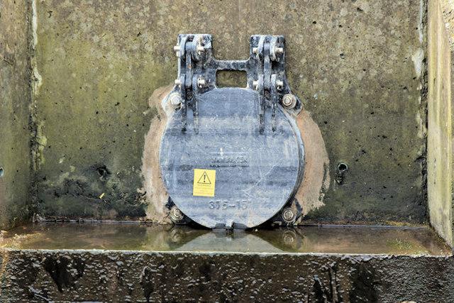 Connswater drain flap, Belfast (March 2017)