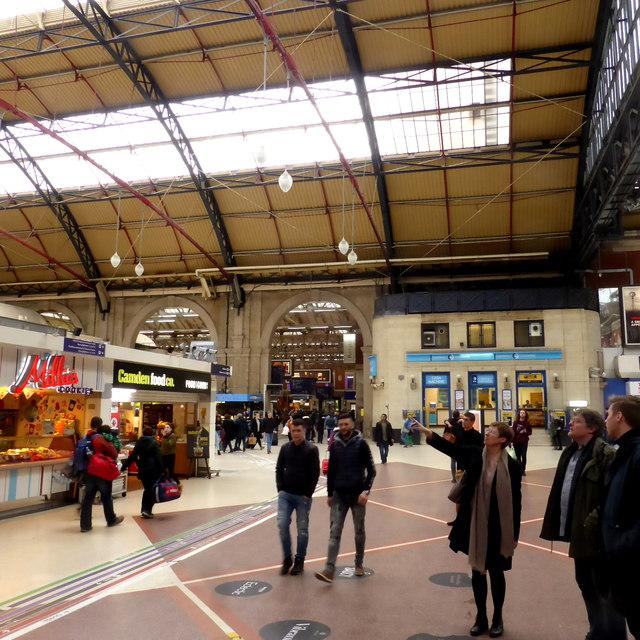 Victoria Station, Sunday afternoon