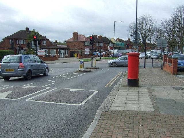 Holmstall Avenue, Edgware