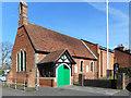 SU8969 : St Martin's Church by Des Blenkinsopp