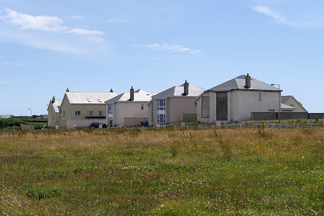 Rosslare Harbour, Houses on Barr na Háille