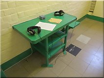 SU7273 : Table in the Cell by Bill Nicholls