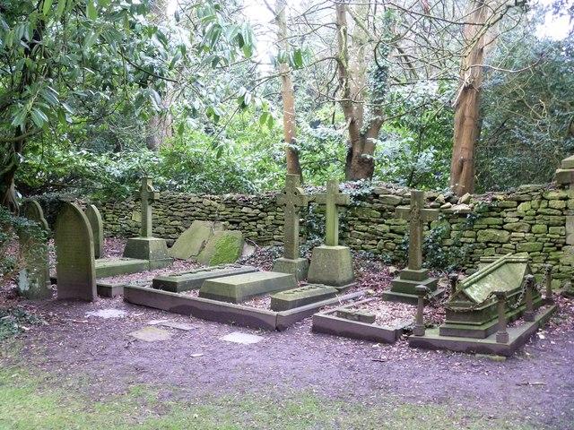 Castle Combe [16] - graveyard (2)