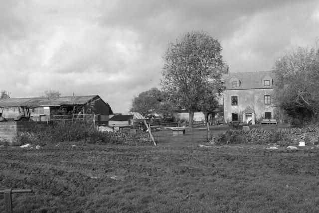Commonwood Farm & Farmhouse, Sherston, Wiltshire 2014