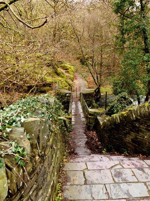 Footpath to Dolbadarn Castle