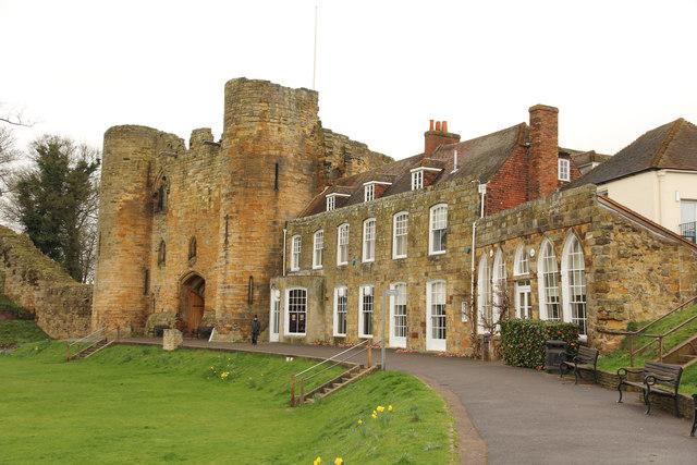 Castle Walk