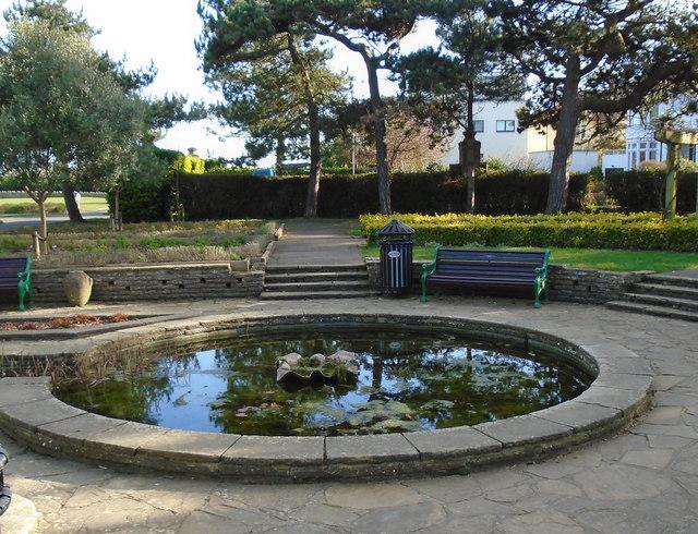 Pond in Marine Gardens