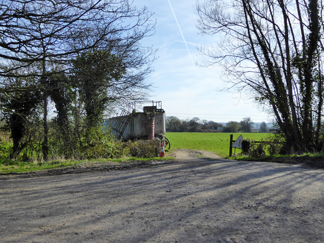 Field entrance near Dudgemore Farm
