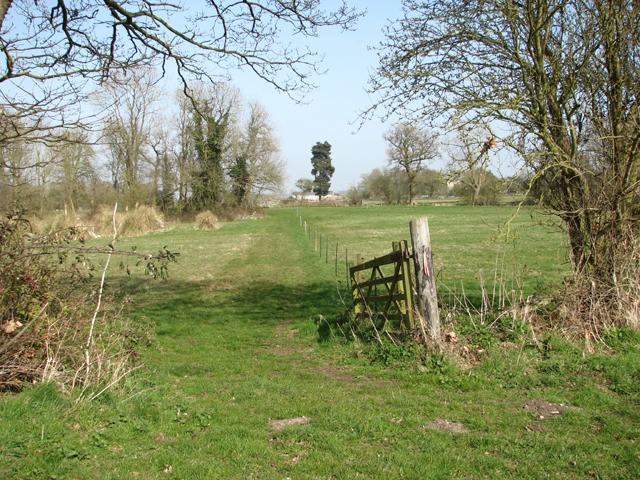 Public footpath to Wramplingham village