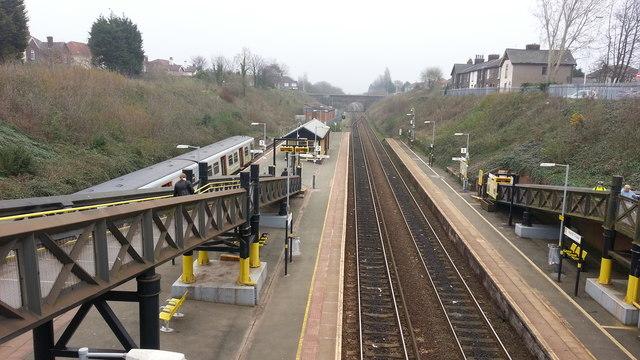 Hunts Cross railway station