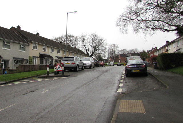 On-street parking, Maendy Way, Upper Cwmbran