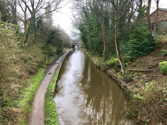 Macclesfield Canal in Congleton