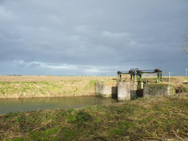 Sluice near Langary Gate