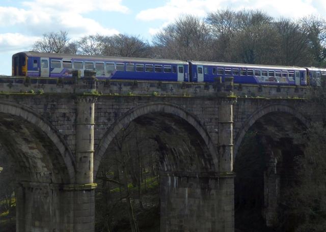 Train on the viaduct