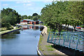 SK0405 : Northwest on the Wyrley and Essington Canal, Brownhills by Robin Stott